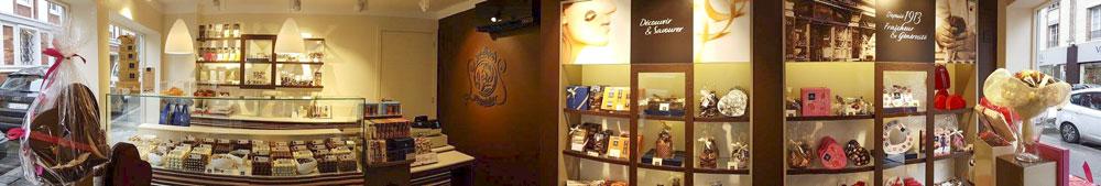 vitrines-evreux-centre-ville-commerce-commercant-union-association-bouton-leonidas-1